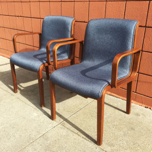 Knoll Stephens chairs at midcenturysanjose.com