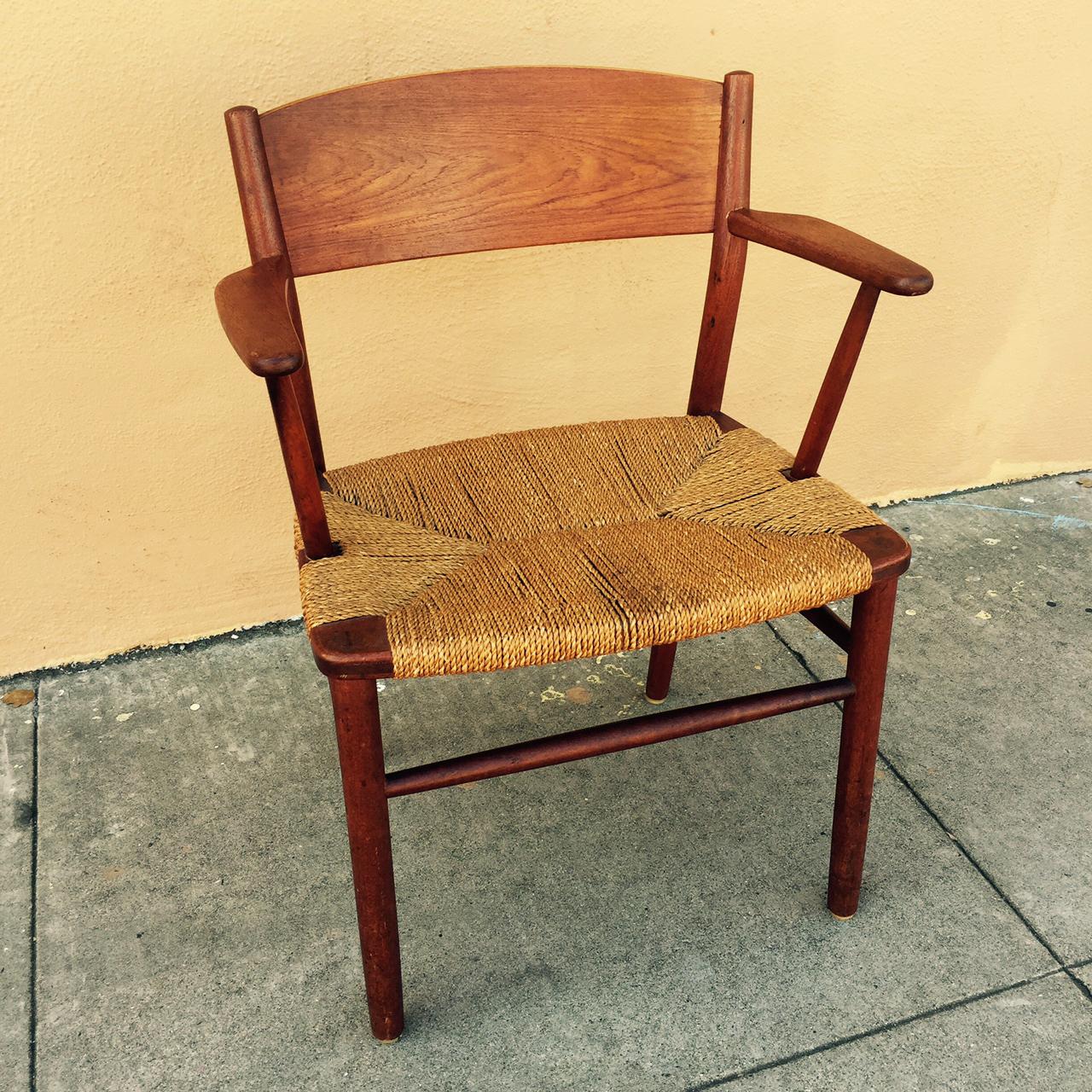 Borge Mogensen Chair Angle