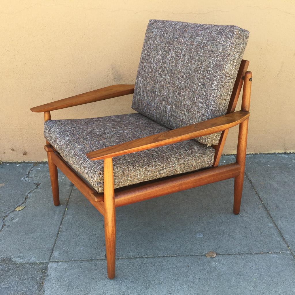Exceptionnel Arne Vodder Teak Lounge Chair