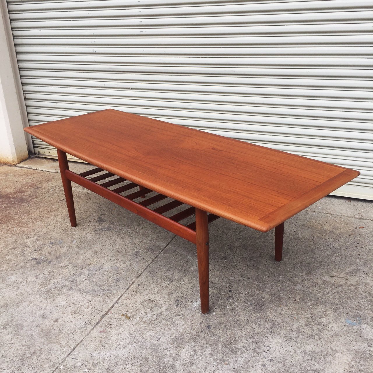 Teak Burger Coffee Table: Grete Jalk Teak Coffee Table