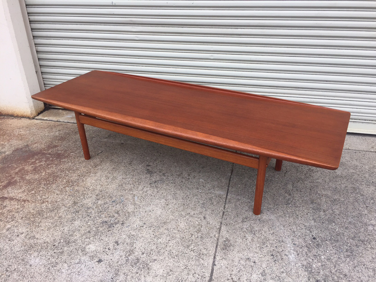 Charmant Grete Jalk Teak Surfboard Coffee Table ...