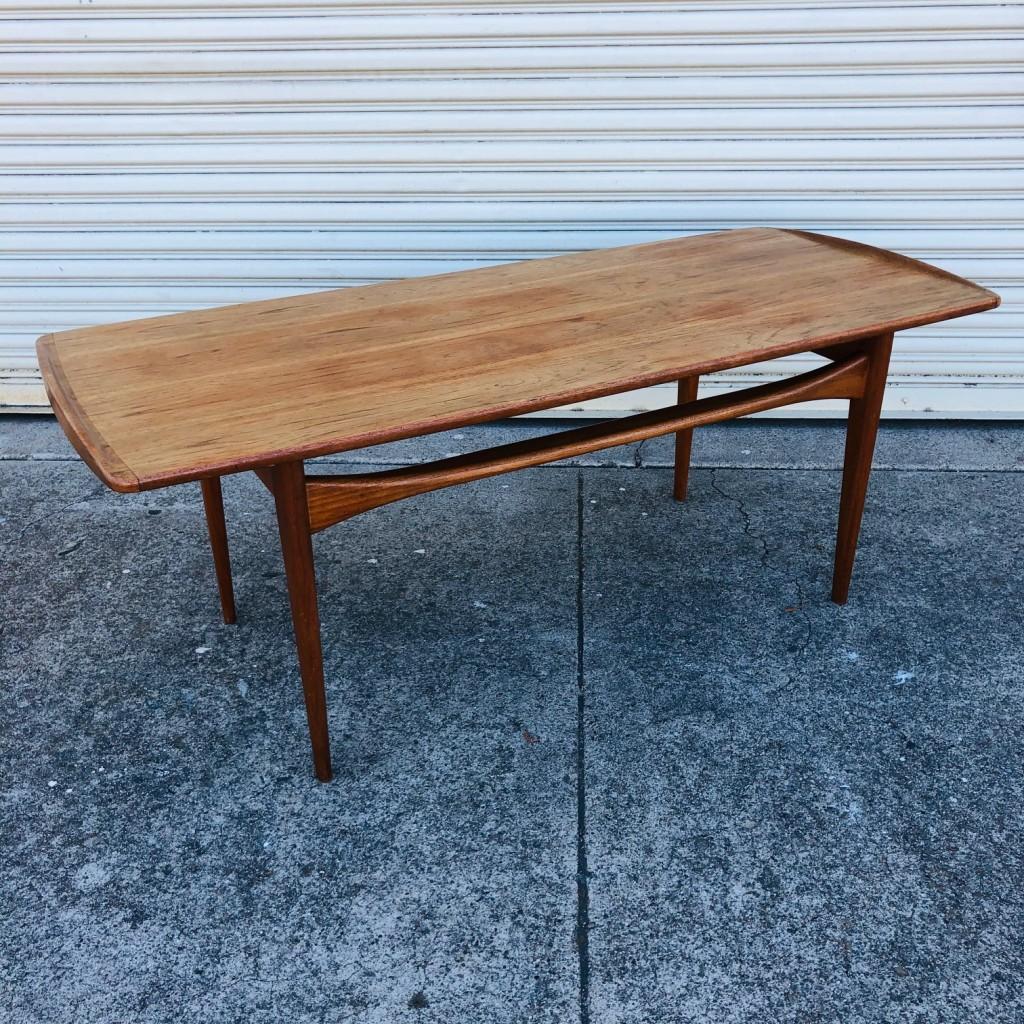Tove Edvard Kindt Larsen coffee table